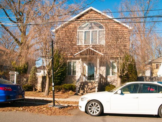 311 Dewey Ave, Staten Island, NY 10308
