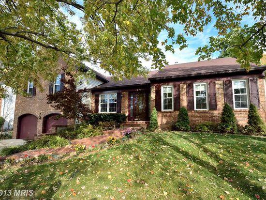 5711 Mackenzie St, Centreville, VA 20120