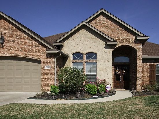 3694 Canyon Ln, Beaumont, TX 77713