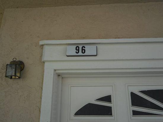 96 Manchester Dr, Fairfield, CA 94533