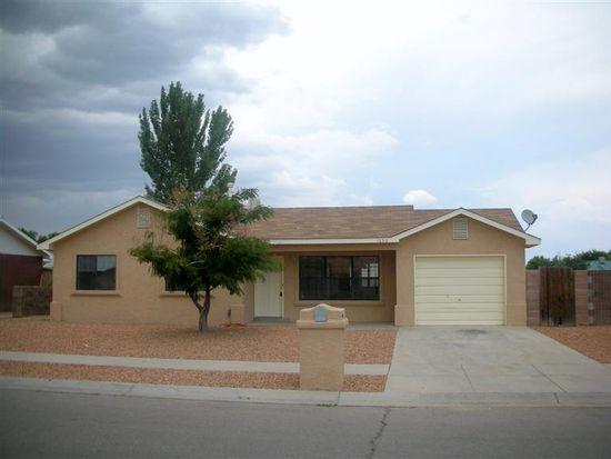 1090 Spruce Ct SE, Los Lunas, NM 87031