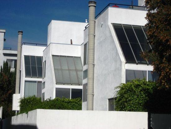 11925 Goshen Ave # 1, Los Angeles, CA 90049