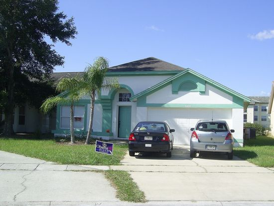 3020 Bloomsbury Dr, Kissimmee, FL 34747