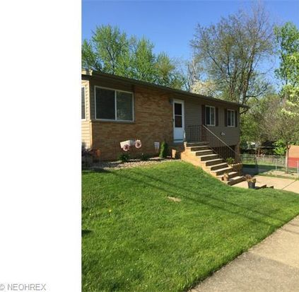 2910 Morrison St, Akron, OH 44312
