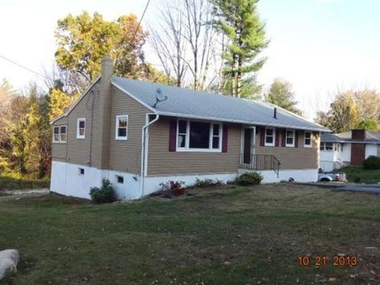 219 Hampstead St, Methuen, MA 01844