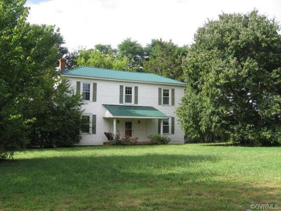 1182 Patrick Henry Ave, Charlotte Court House, VA 23923