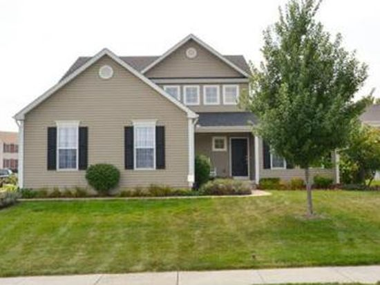 2428 Chesire Dr, South Bend, IN 46614