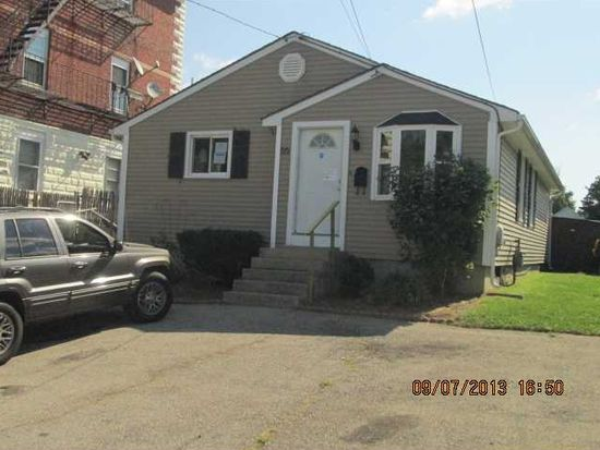 55 Luna St, Providence, RI 02904