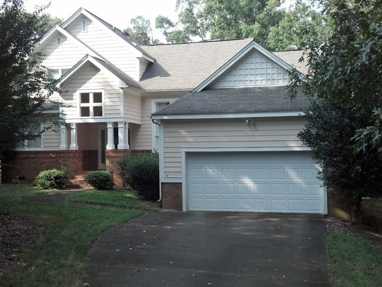 4957 Harbour Towne Dr, Raleigh, NC 27604