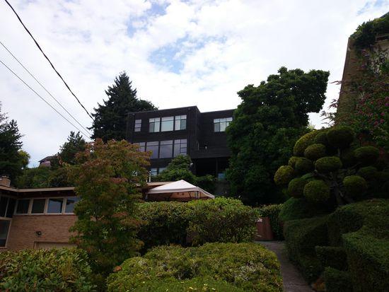 8830 39th Ave SW, Seattle, WA 98136