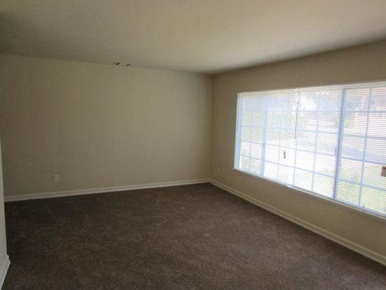 725 W 36th St, San Bernardino, CA 92405