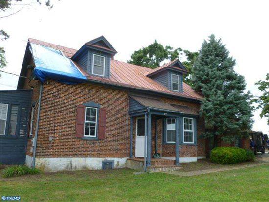 522 Hoffmansville Rd, Bechtelsville, PA 19505