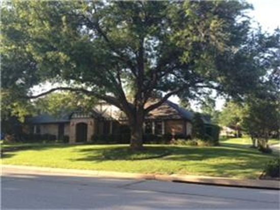 1114 Clubhouse Dr, Mansfield, TX 76063