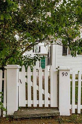 90 W Main St, North Kingstown, RI 02852