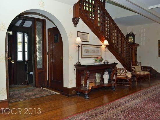 105 Clubhouse Rd, Tuxedo Park, NY 10987