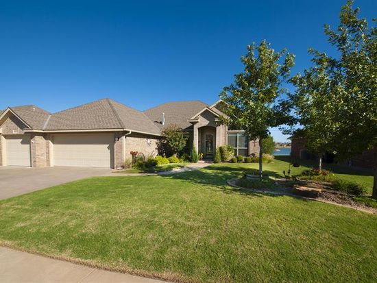 8609 NW 70th St, Oklahoma City, OK 73132