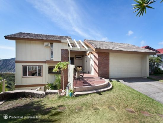 1039 Kaalula Pl, Honolulu, HI 96825