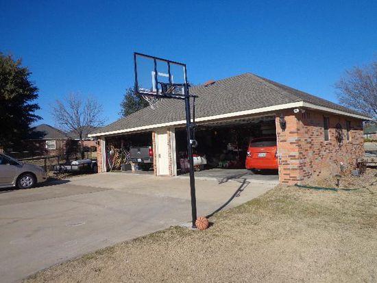 6080 Autumn Breeze Cir, Fort Worth, TX 76140