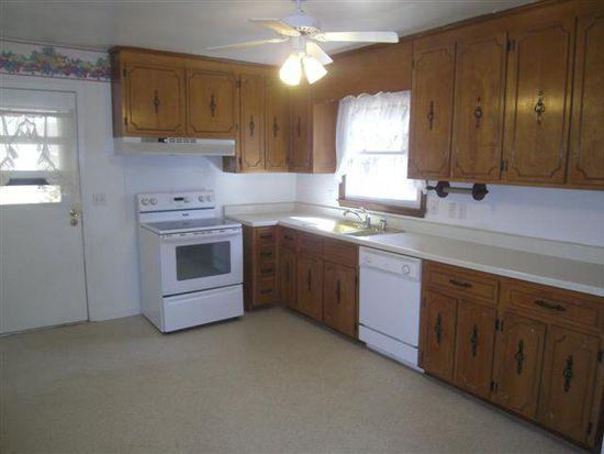 703 Greenway Dr, South Boston, VA 24592