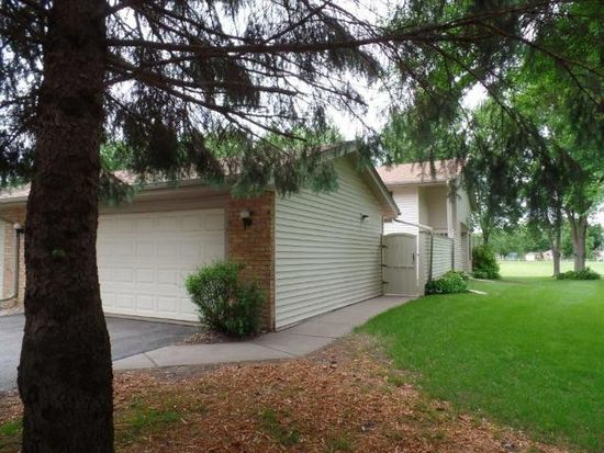 4 Hickory St, Farmington, MN 55024