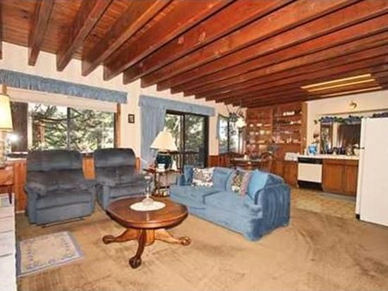 28326 Larchmont Ln, Lake Arrowhead, CA 92352