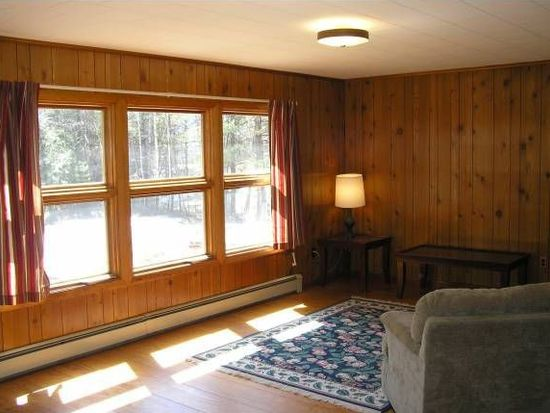 1089 Nh Route 16, Glen, NH 03838