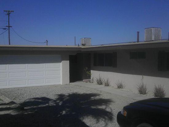 5662 Skyview Ln, Twentynine Palms, CA 92277