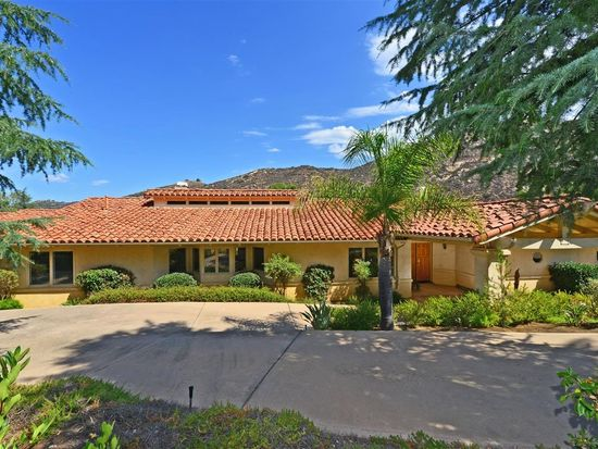 9277 Cedar Trails Ln, Valley Center, CA 92082