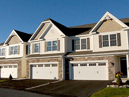 CHARLESTON Townhome (Center Unit) - Greyledge Estates by Amedore Homes
