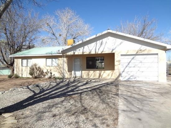 1011 Balboa Ct SE, Los Lunas, NM 87031