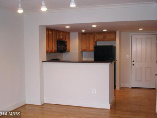 414 Water St APT 2610, Baltimore, MD 21202