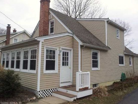 24 Central Ave, Niantic, CT 06357
