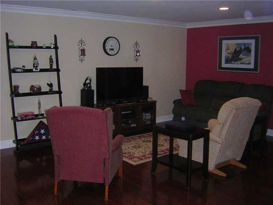 8651 Jaffa Court East Dr APT 23, Indianapolis, IN 46260