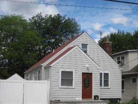 188 S Brookside Ave, Freeport, NY 11520