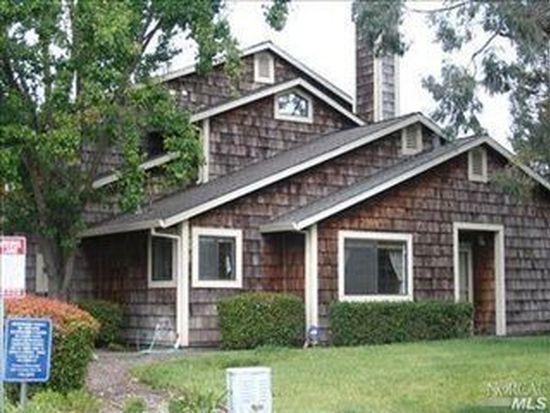 1690 Creekview Cir, Petaluma, CA 94954