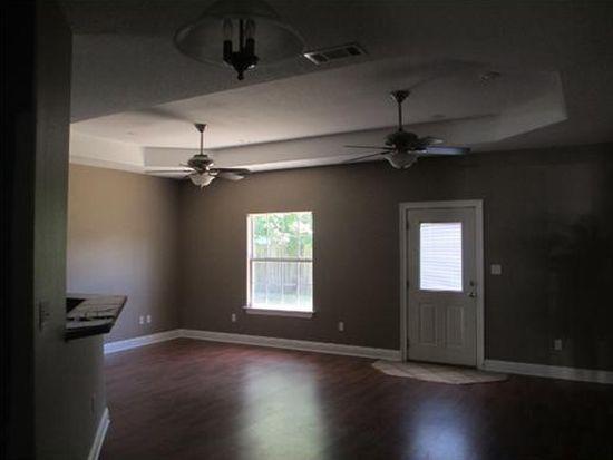 2621 Tampica Rd, Gautier, MS 39553