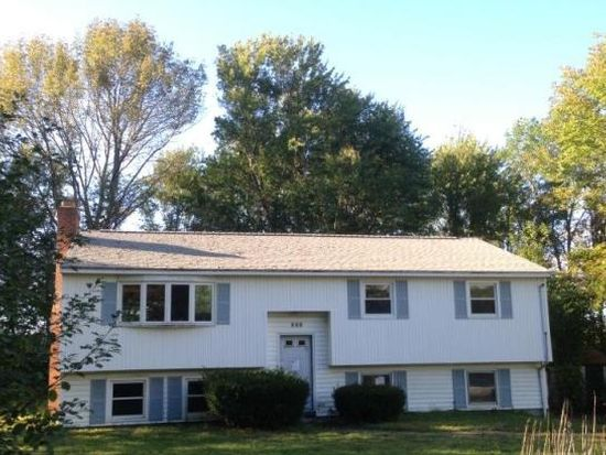 886 Banfield Rd, Portsmouth, NH 03801