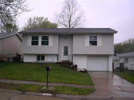 2715 W 59th St, Davenport, IA 52806
