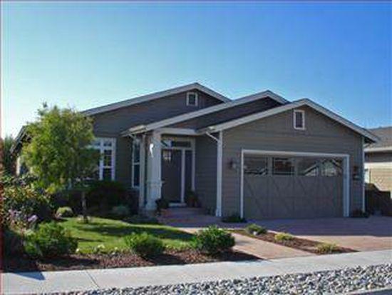644 Magnolia St, Half Moon Bay, CA 94019