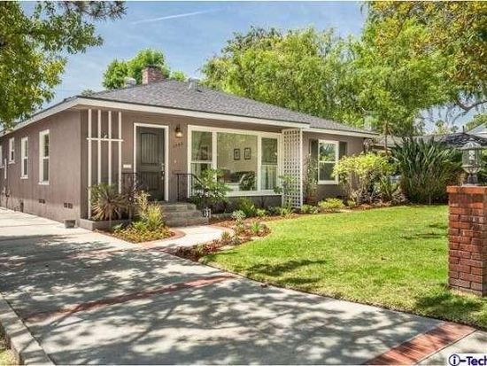 2350 E Woodlyn Rd, Pasadena, CA 91104