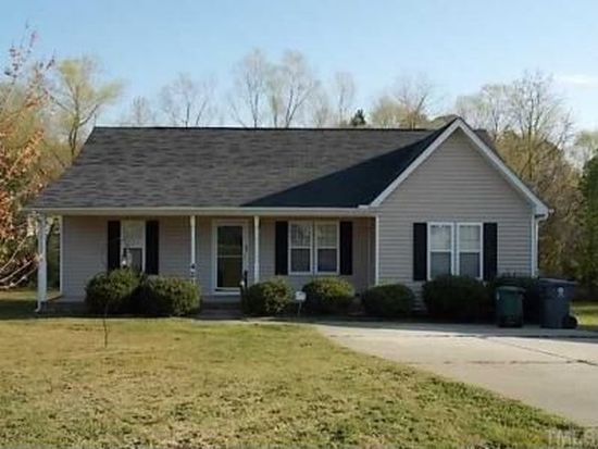 421 Indian Hill Rd, Holly Springs, NC 27540