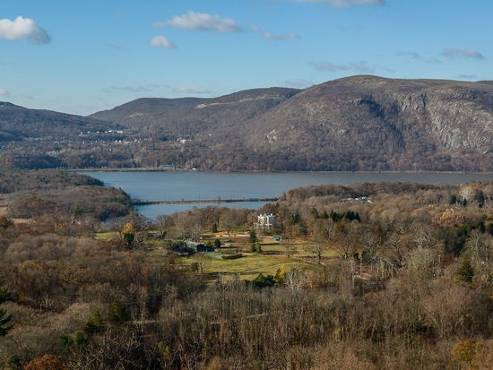 20 Windy Rdg, Cold Spring, NY 10516