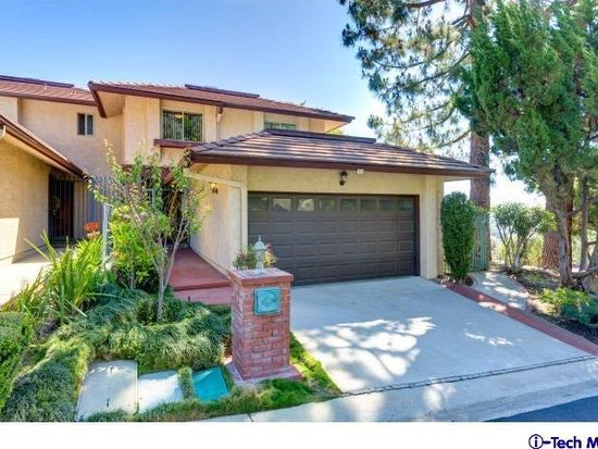 703 Starlight Heights Dr, La Canada, CA 91011