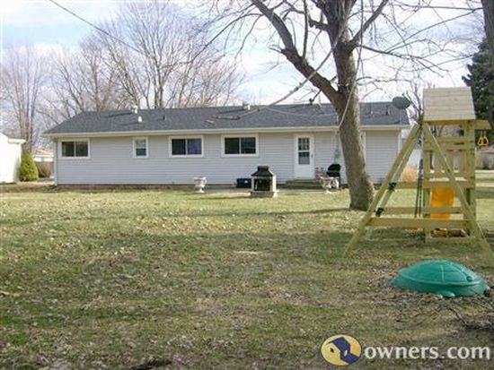 908 W 51st St, Marion, IN 46953