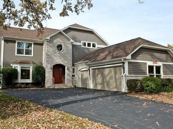 1052 Warrington Rd, Deerfield, IL 60015