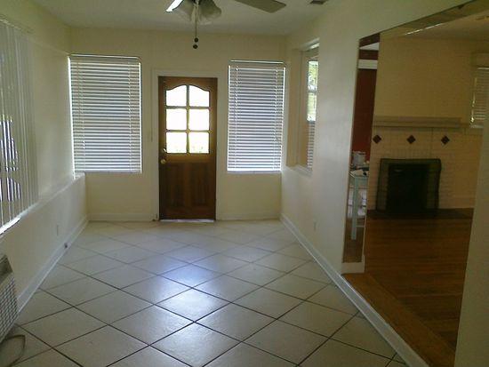 1269 Drew St, Clearwater, FL 33755
