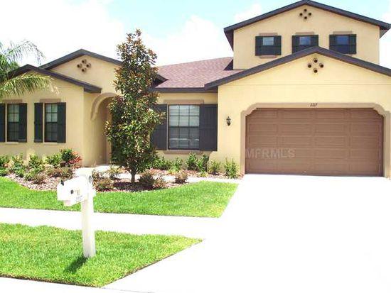 2180 Gwynhurst Blvd, Wesley Chapel, FL 33543