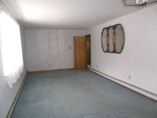 351 Orchard Hill Rd, Beaver, WV 25813