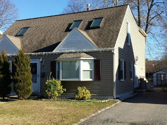 16 Hopson Ave, Little Falls, NJ 07424