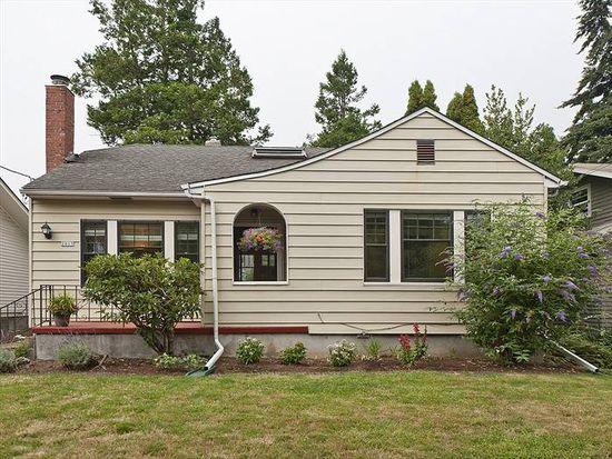 2805 NE 35th Pl, Portland, OR 97212